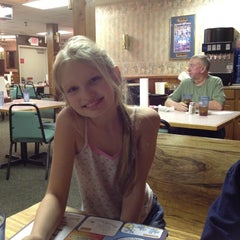 Photo taken at Baldknobbers Country Restaurant & Buffet by Clifford K. on 3/24/2012