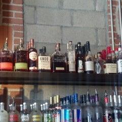 Photo taken at Basic Urban Kitchen & Bar by SDProvence on 6/11/2012