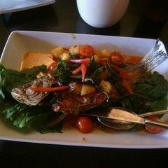Photo taken at Street Side Thai Kitchen by Mark L. on 8/8/2012