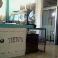 Photo taken at Urban Tea Shop by Lynn Mora C. on 6/15/2012