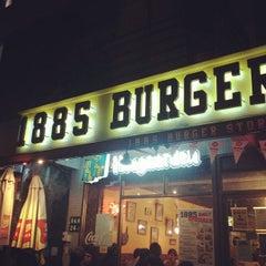 Photo taken at 1885 Burger Store by Vivian L. on 3/22/2012