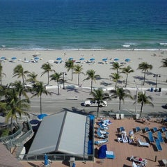 Photo taken at Courtyard by Marriott Fort Lauderdale Beach by Kelly H. on 1/17/2012
