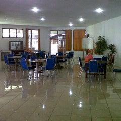 Photo taken at SMK Negeri 3 Manado by Dsky M. on 9/28/2011