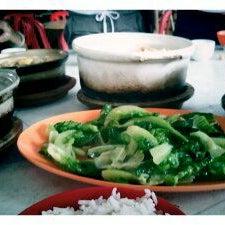 Photo taken at Restaurant Chong Fue Bak Kut Teh by suki_chng on 12/11/2011