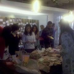 Photo taken at G2's Big Breakfast Bonanza by Cesar R. on 9/7/2011