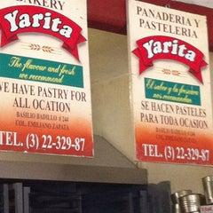 Photo taken at Yarita - Panadería y pastelería by Adriana R. on 12/26/2011