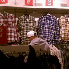 Photo taken at H&M by Piero P. on 12/19/2011