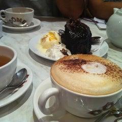 Photo taken at Dôme Café by Khairul Azwan M. on 9/16/2011