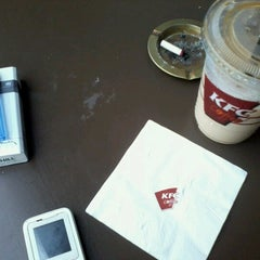 Photo taken at KFC / KFC Coffee by Nuriz K. on 6/9/2012