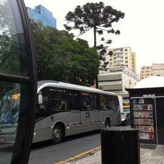 Photo taken at Estação Tubo Praça Tiradentes (Ligeirinho - Linhas 304/307/607) by Nehi beta O. on 4/24/2012