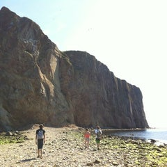 Photo taken at Rocher Percé by Myriame on 8/4/2012