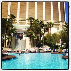 Photo taken at Four Seasons Hotel Las Vegas Pool by Rob W. on 5/4/2012