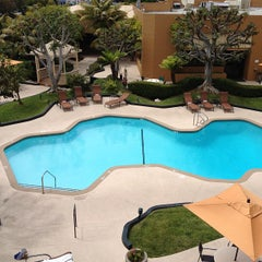 Photo taken at Hotel MdR Marina del Rey- a DoubleTree by Hilton by Charron F. on 5/3/2012