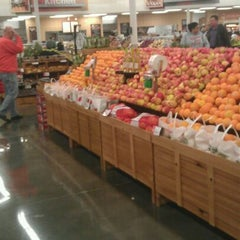 Photo taken at Hy-Vee by miss w. on 12/24/2011