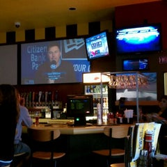 Photo taken at Buffalo Wild Wings by scooby on 9/15/2011