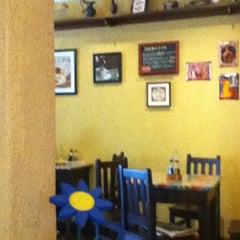 Photo taken at Restaurante Troppo Buono by Bruna M. on 1/30/2012