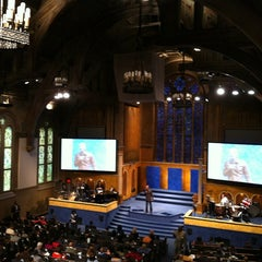 Photo taken at Christ Church by Aaron G. on 11/13/2011