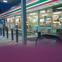 Photo taken at 7-Eleven by Naturallyfly E. on 10/16/2011