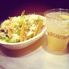 Photo taken at Chipotle Mexican Grill by Reggie i. on 4/7/2012
