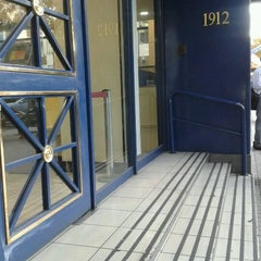 Photo taken at Banco de Chile by Mario G. on 3/28/2012