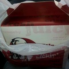Photo taken at KFC & Pizza Hut Subang 2 by Douglas Y. on 1/31/2012
