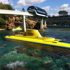 Photo taken at Finding Nemo Submarine Voyage by Andy E. on 3/26/2012
