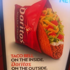 Photo taken at Taco Bell by Ashley T. on 4/27/2012