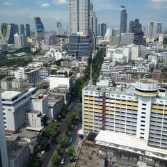 Photo taken at Pullman Bangkok Hotel G by Rosalia I. on 8/25/2012