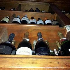 Photo taken at Al Vino! Al Vino! by Irina I. on 1/6/2012