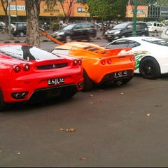 Photo taken at Auto one by Sigit O. on 7/8/2011