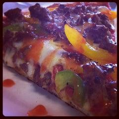 Photo taken at Joe's Pizza (Park Slope) by Bo D. on 9/13/2012