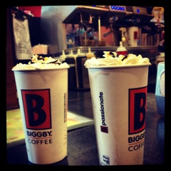 Photo taken at BIGGBY COFFEE by Jamin B. on 2/11/2012