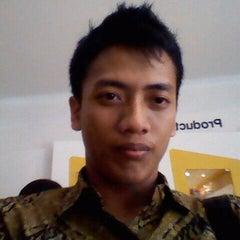 Photo taken at Plasa Telkom by Freddy D. on 10/28/2011