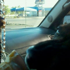 Photo taken at Dairy Queen by Tammi D. on 6/14/2011