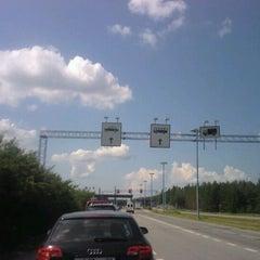 Photo taken at Custom by Metalic on 7/8/2011