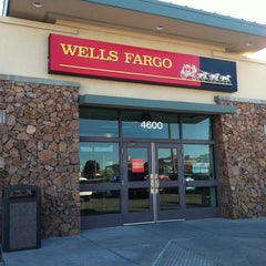 Photo taken at Wells Fargo Bank by Narcisso A. on 12/29/2011