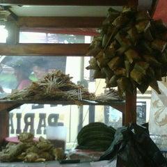 Photo taken at Sate Padang Pariaman by Adhisti D. on 1/21/2012