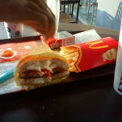 Photo taken at McDonald's by Tito M. on 6/8/2012