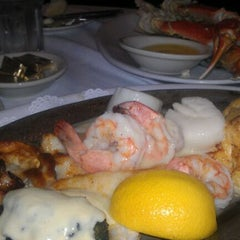 Photo taken at Mo's Crab & Pasta Factory by Bill F. on 12/4/2011