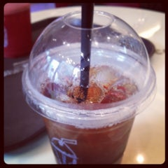 Photo taken at CAFFÉ PASCUCCI by Horie Y. on 3/30/2012