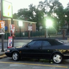 Photo taken at 7-Eleven by jose b. on 6/23/2012