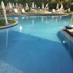 Photo taken at Marulhos Muro Alto Resort by Gilson C. on 2/23/2012