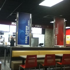 Photo taken at Burger King® by Rafael P. on 2/4/2012
