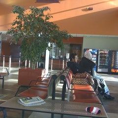 Photo taken at Windsor International Transit Terminal by ashlinka on 3/27/2011