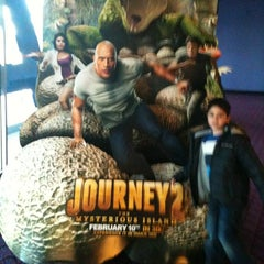 Photo taken at Showcase Providence Place & IMAX by Scott H. on 2/12/2012