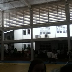 Photo taken at Colégio Maria Montessori by Henrique C. on 2/15/2012