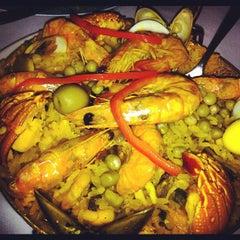 Photo taken at La Paella Cocina Española by Filipe O. on 4/26/2012