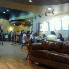 Photo taken at Starbucks by Styvenson D. on 11/8/2011