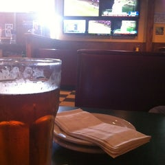 Photo taken at Putters Sports Grill by Jonathan M. on 6/21/2012