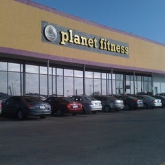 Photo taken at Planet Fitness by Jazzie W. on 6/21/2012